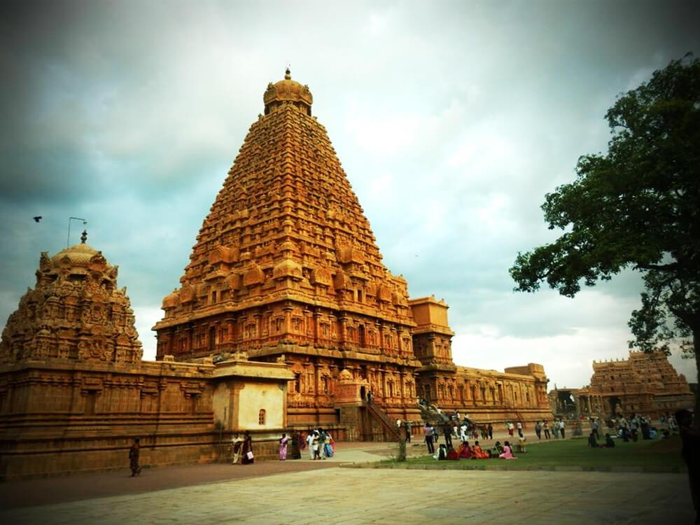 . Kashi Vishwanath Temple, Varanasi, India
