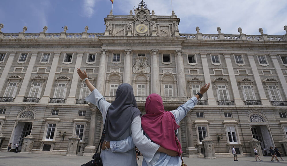 How Halal Tourism is Revolutionizing the Tourism Industry Worldwide