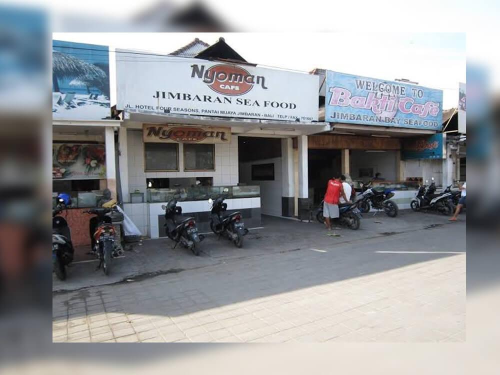 Nyoman Cafe