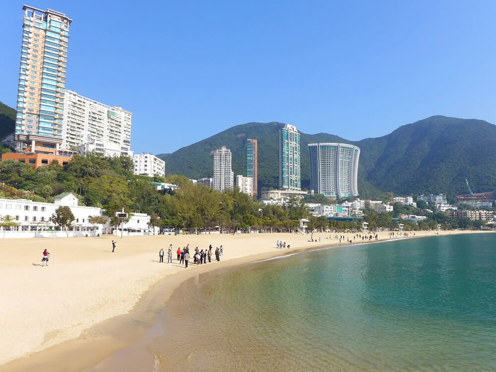 Repulse Bay and the Beaches