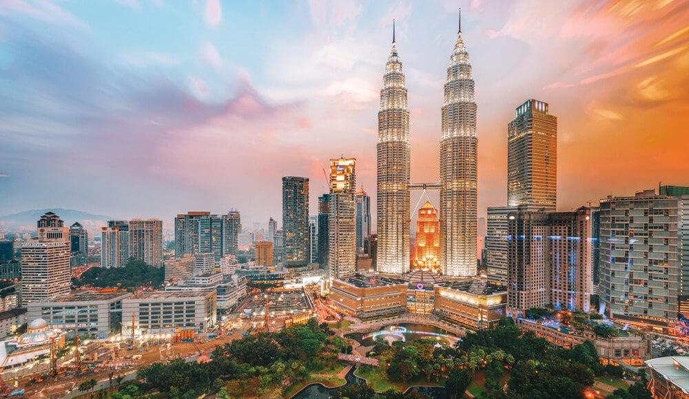 Top Famous Places In Kuala Lumpur, Malaysia