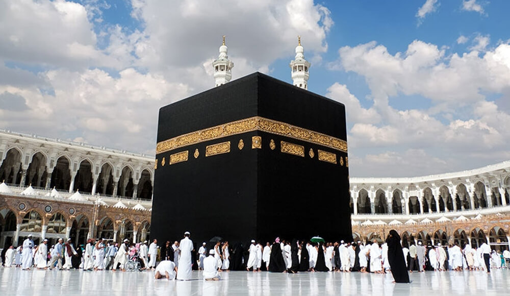 Saudi Arabia has granted 400,000 visas since opening to tourism