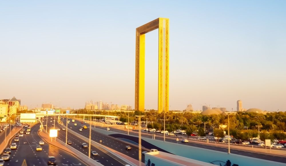 Dubai frame yugo.pk