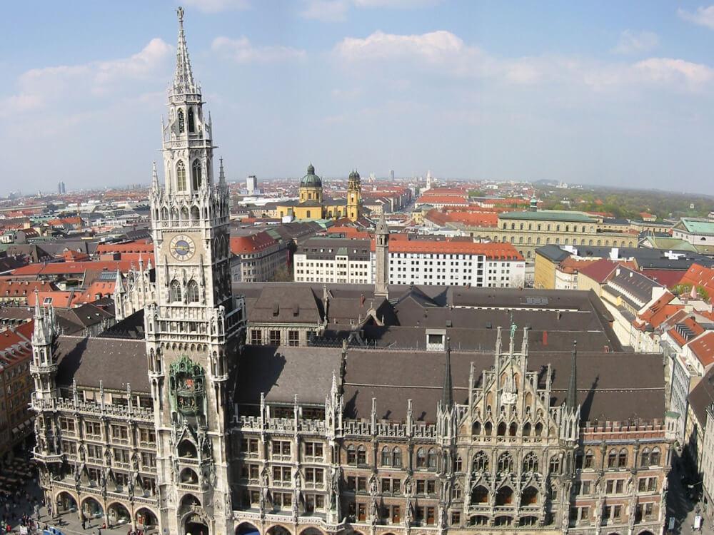 Marienplatz and the Neues Rathaus