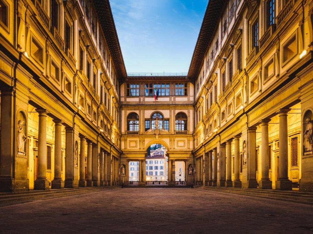 Uffizi Gallery Florence-min