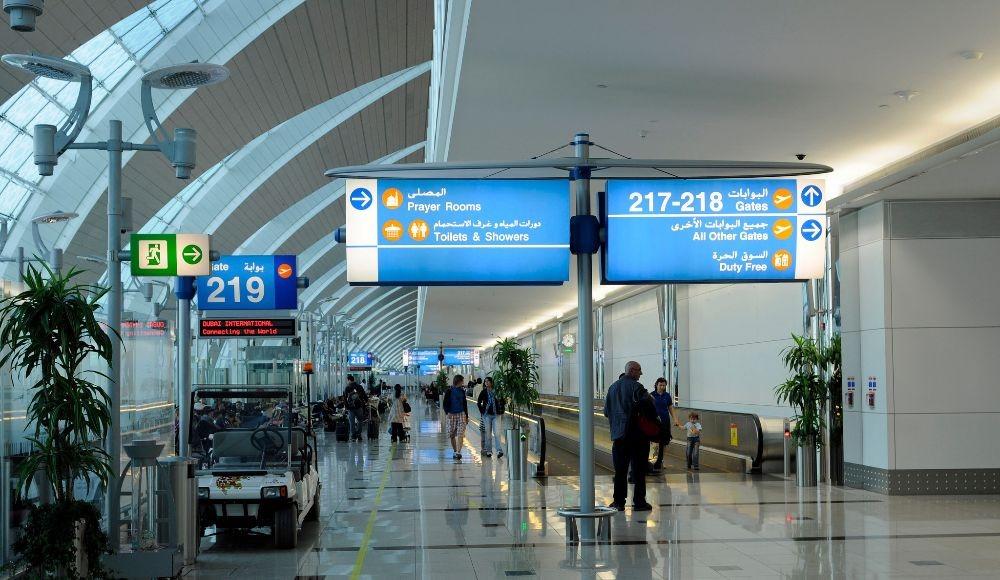 dubai airport yugo.pk