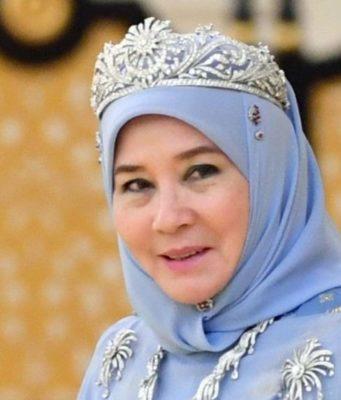 queen of malaysia yugo.pk