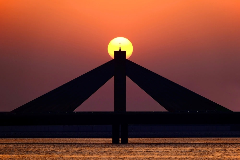 Sunset in Bahrain - yugo.pk