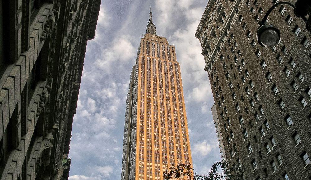 Empire State Building - yugo.pk